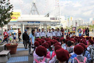 二年子ども教育コースが奈良文化幼稚園の遠足に参加しました