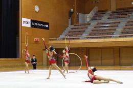 新体操部が県新人大会団体1位、個人3位に輝きました!