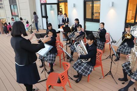 大和高田市の夕べのコンサートに吹奏楽部が出演しました