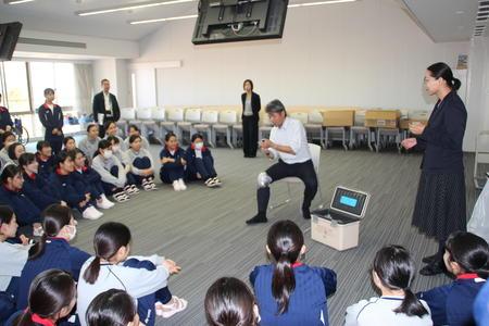 奈良マラソンにボランティア救護スタッフとして参加する生徒が準備講座を受講しました