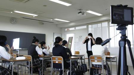 授業参観にZoomイン !!